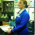 Stewardess Marloes geeft tips voor je vliegreis met kinderen
