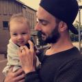 Frank heeft in de nachten een specifieke verdeling thuis, omdat zijn vrouw de jongste borstvoeding geeft. Lees het interview!