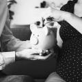 Wat is de beste manier van sparen voor je kinderen volgens de schuldhulpverlener?