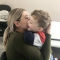 Knuffels en kussen geven als je die zelf hebt gemist in jouw jeugd…