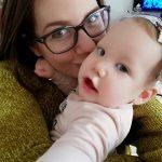 Kijk hoe mijn dag eruit ziet met een terror peuter en baby, haha