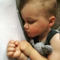Mijn zoontje heeft een hersentumor en daardoor hebben wij extreem ernstig slaaptekort