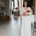"""Lois Kruidenier vertelt voor het eerst haar bevallingsverhaal: """"Mijn verloskundige en ik hadden een hands-off aproach afgesproken"""""""