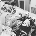 NICU-verpleegkundige krijgt een aterm baby'tje met zuurstoftekort op de afdeling