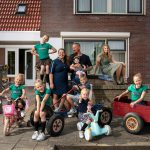 Interview: Janneke van Een Huis Vol heeft niet 1, 2, 3, 4, 5, 6, 7, maar 8 kinderen!
