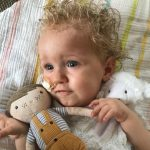 """Mama Arwen: """"Jayme kreeg een motorisch onderzoek, toen ik de uitslag hoorde kreeg ik tranen in mijn ogen"""""""