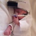 Prematuur Hannah heeft 14 intensieve weken in het ziekenhuis gelegen…