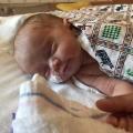 Onze dappere baby Flip ging de strijd voor zijn leven verliezen