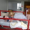 Ons zoontje (2 jaar) slaapt met zuurstof en heeft altijd sondevoeding