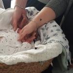 Wij droegen ons baby'tje zelf naar het mortuarium