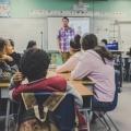 Niet te geloven wat deze leraar zegt tegen zijn leerling