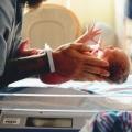 Als ik later in het ziekenhuis was aangekomen, weten de artsen niet of de baby het had gered