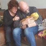 """""""En ma"""", zegt Wessel, """"als het kindje* geboren is, moet je ons wèl feliciteren"""