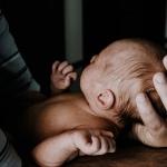 Ik vond het moeilijk om liefde te voelen voor mijn tweede baby