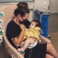Ik stortte in en zonder nadenken stormde ik de ziekenhuiskamer van mijn dochter uit